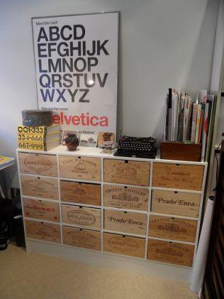 ワイン箱を収納にするとおしゃれな家具に!木箱で自作diyも Poptie